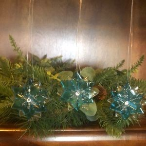 Set of 3 light blue handmade glass ornaments